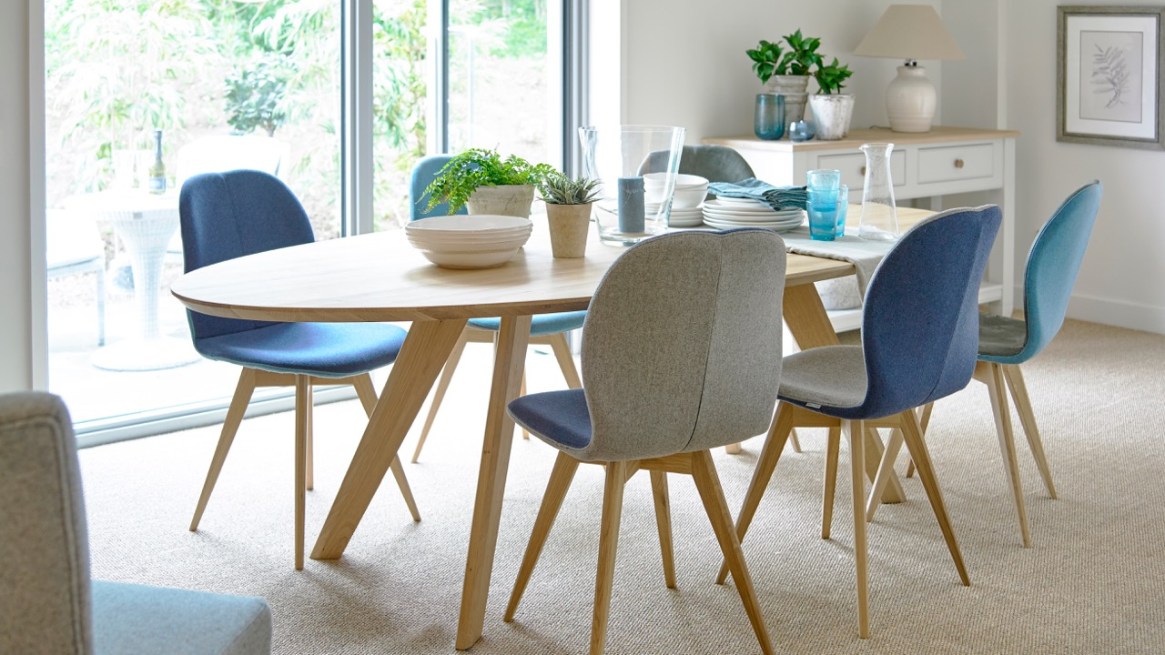 Picture of: Top 10 Dining Room Tables Dining Room Furniture Holloways